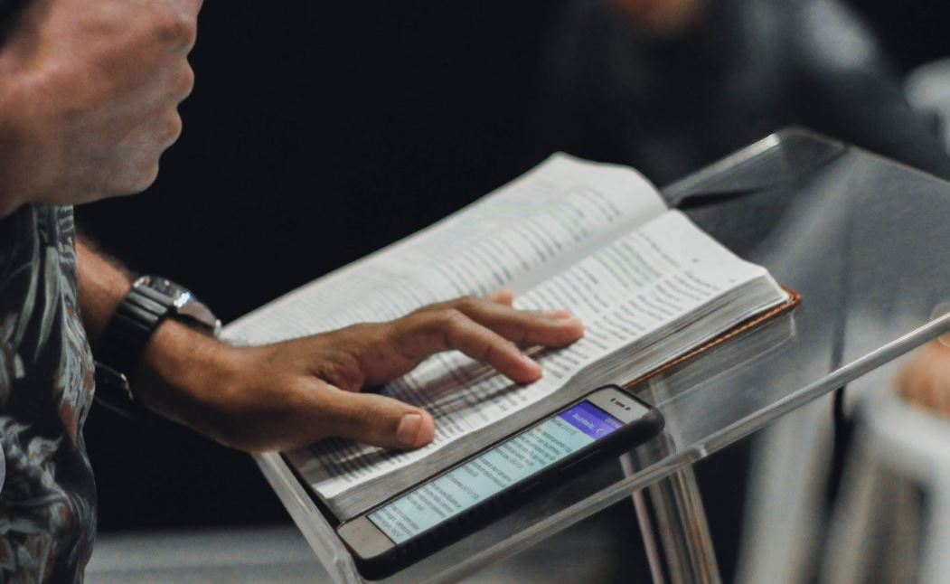 How Can You Tell if a Church Is Gospel-Centered? Start with the Pulpit.